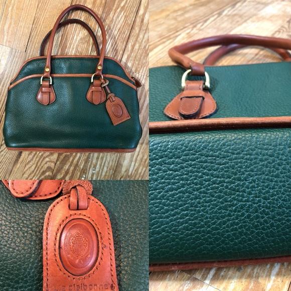 9fd067e73f3 Liz Claiborne Handbags - Vintage Liz Claiborne Green Brown Shoulder Purse